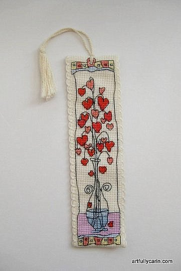 Artfully Carin: Hearts in a Glass vase cross-stitch bookmark
