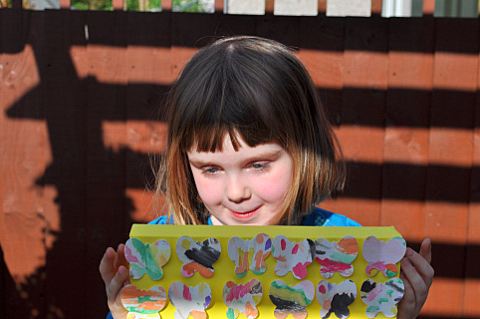 how to make butterfly canvas 6
