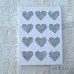 How to make a sparkly heart canvas